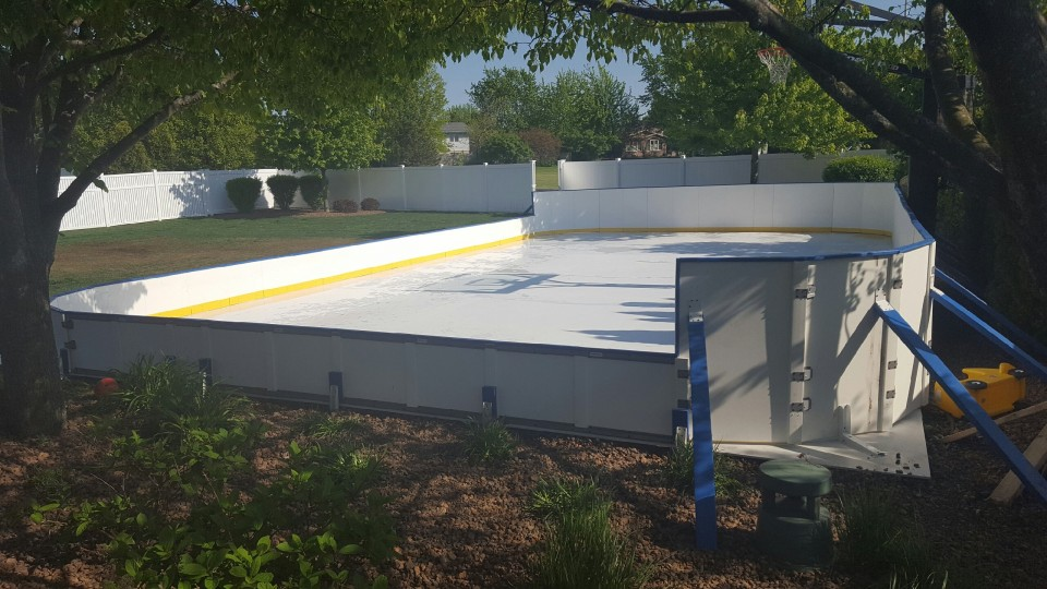 how to build a cheap backyard hockey rink