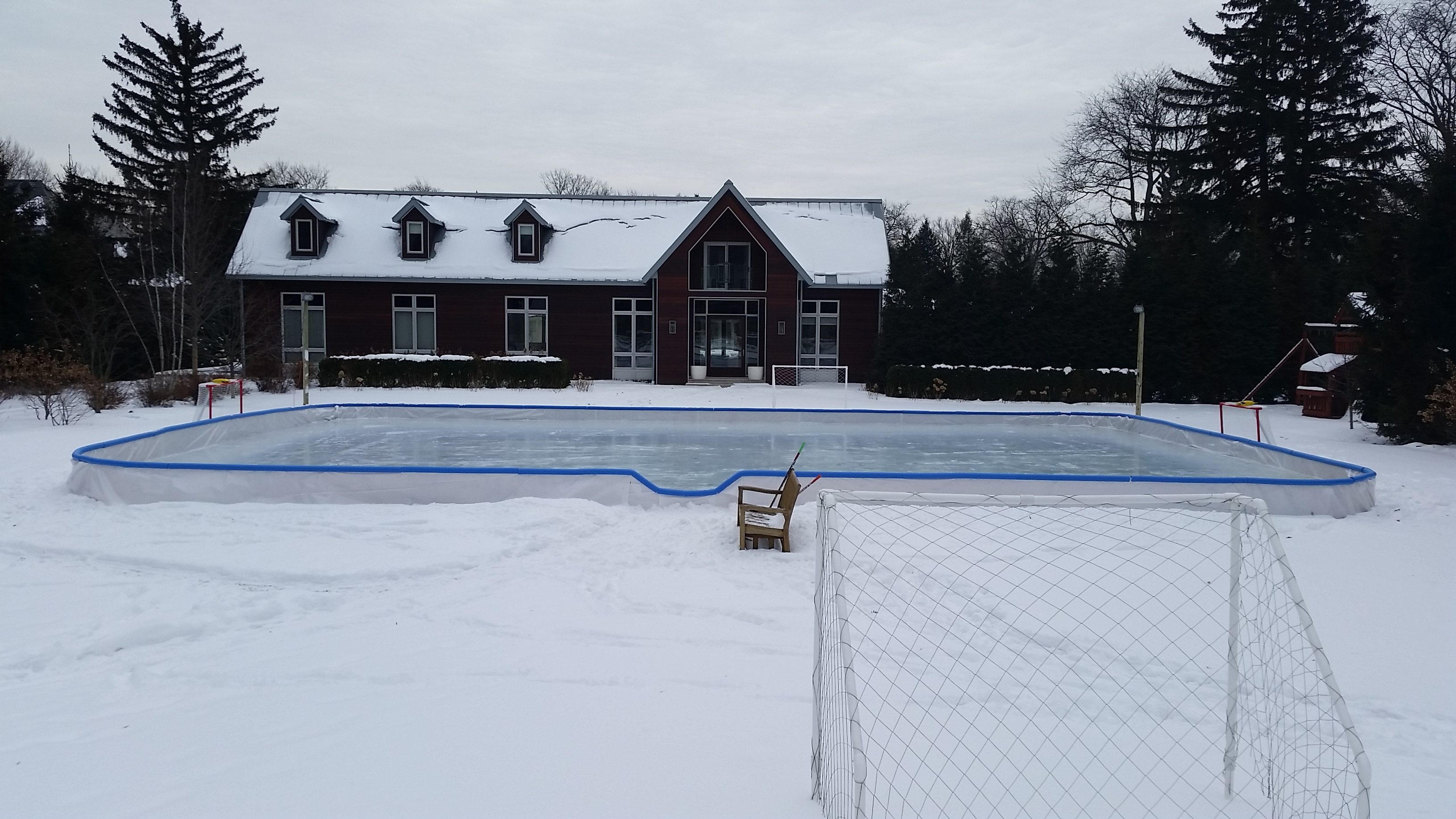 Backyard Rink With Rounded Corners. 24