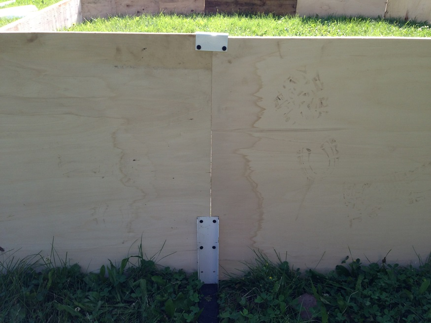 plywood boards with mending channel for backyard ice rink