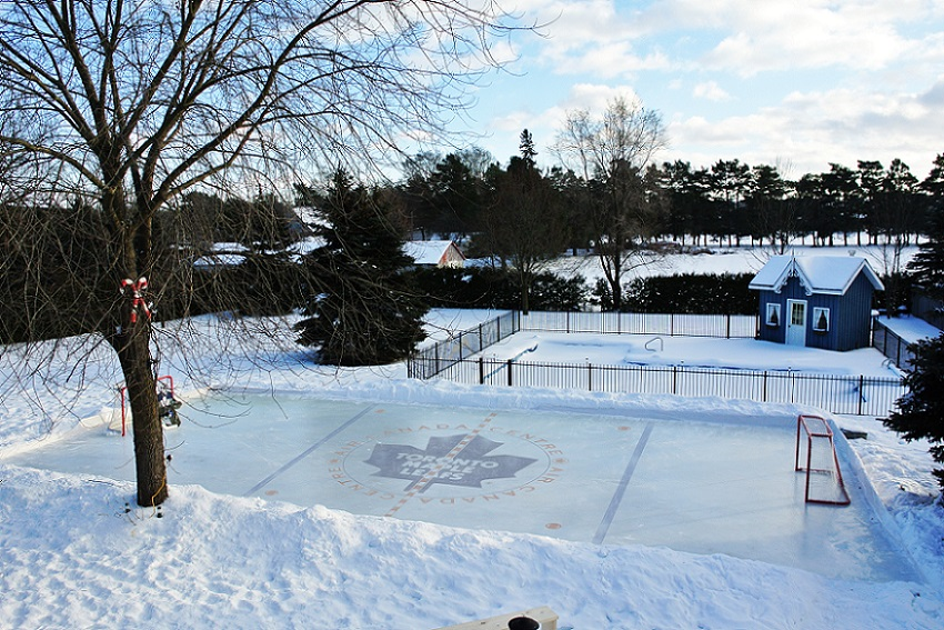 toronto backyard ice rink